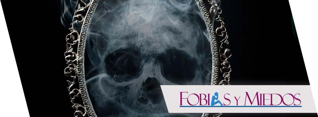 Espectrofobia: El miedo irracional a los espejos
